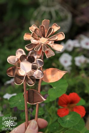 copper-garden-art-flowers-diy-project