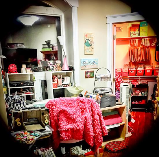 @csmscrapbooker #MelanieBennett #whereyoucreate #creativespace  #craftroom #creativescrapbookermagazine #pink