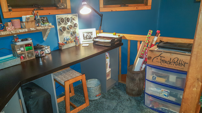 Where You Create with Steph Kallinen / Creative Space / Organizing / Organized Space