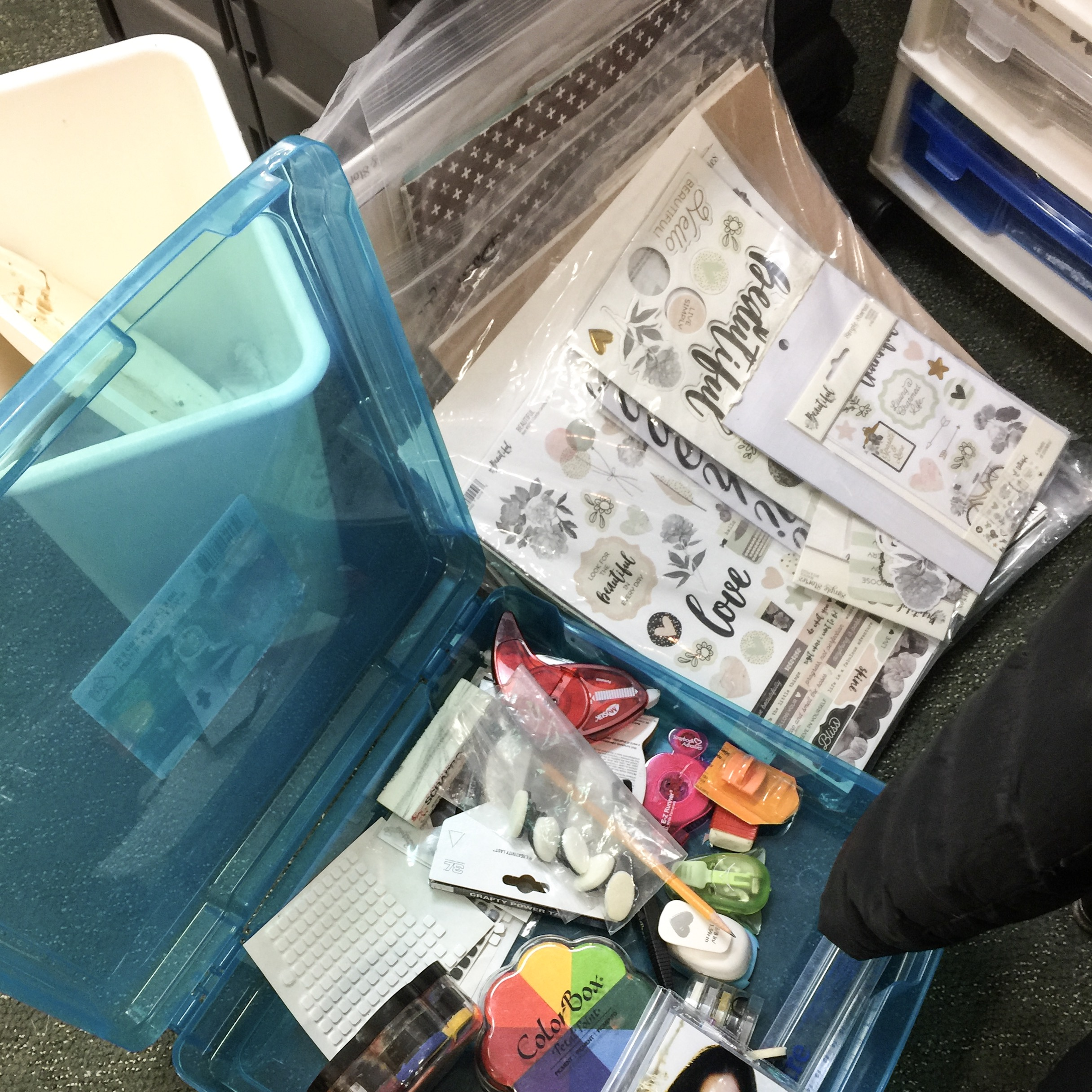 Where You Create / Packing for a retreat / organize on the go / scrapbooking supplies