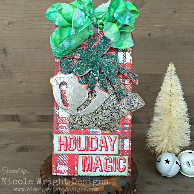 Christmas Tag featuring Ranger | Designed by Nicole Wright | Creative Scrapbooker Magazine #scrapbooking #christmas #ranger