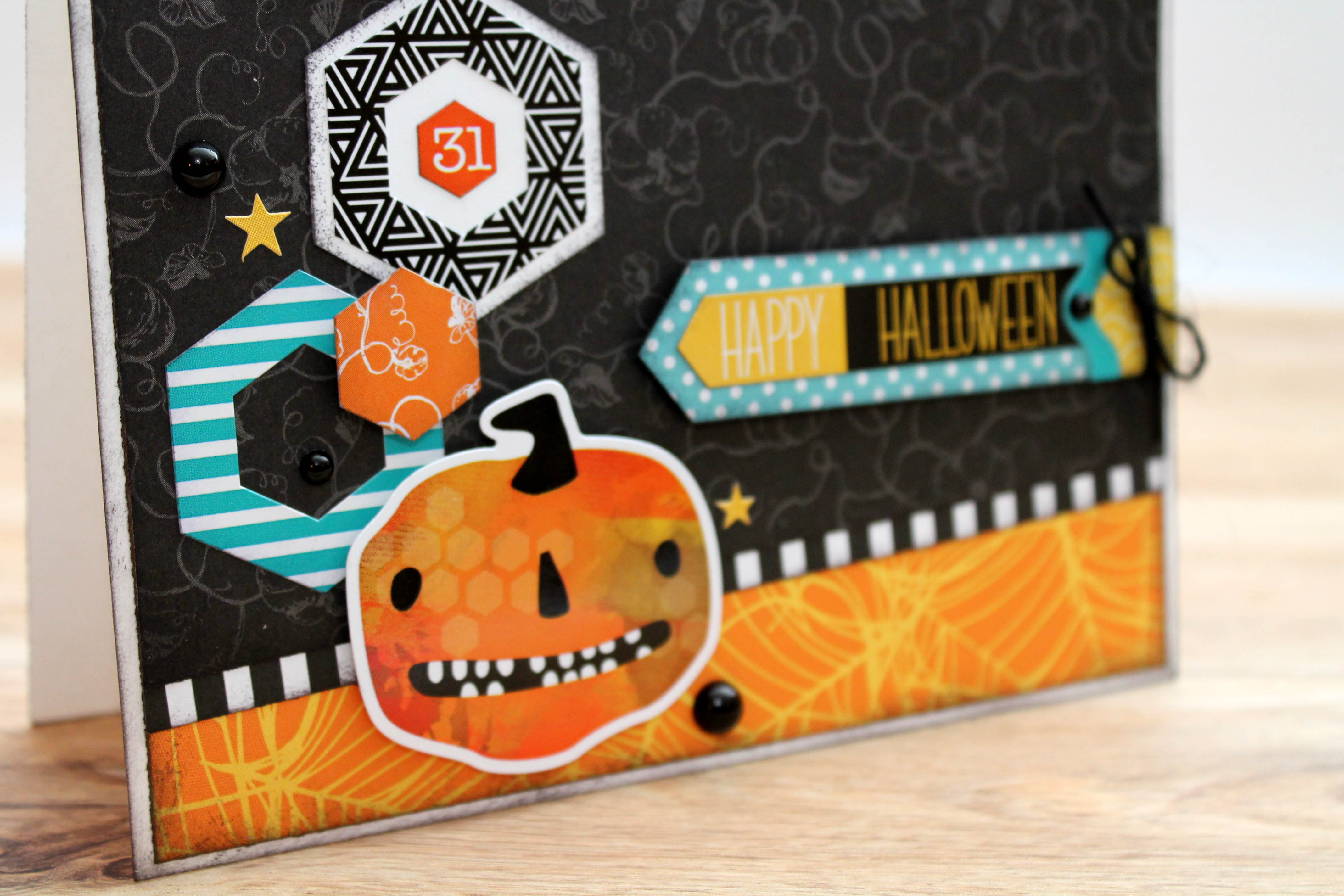 Halloween Card Designed by Tracy McLennon featuring Creative Memories Toil & Trouble Collection | Creative Scrapbooker Magazine