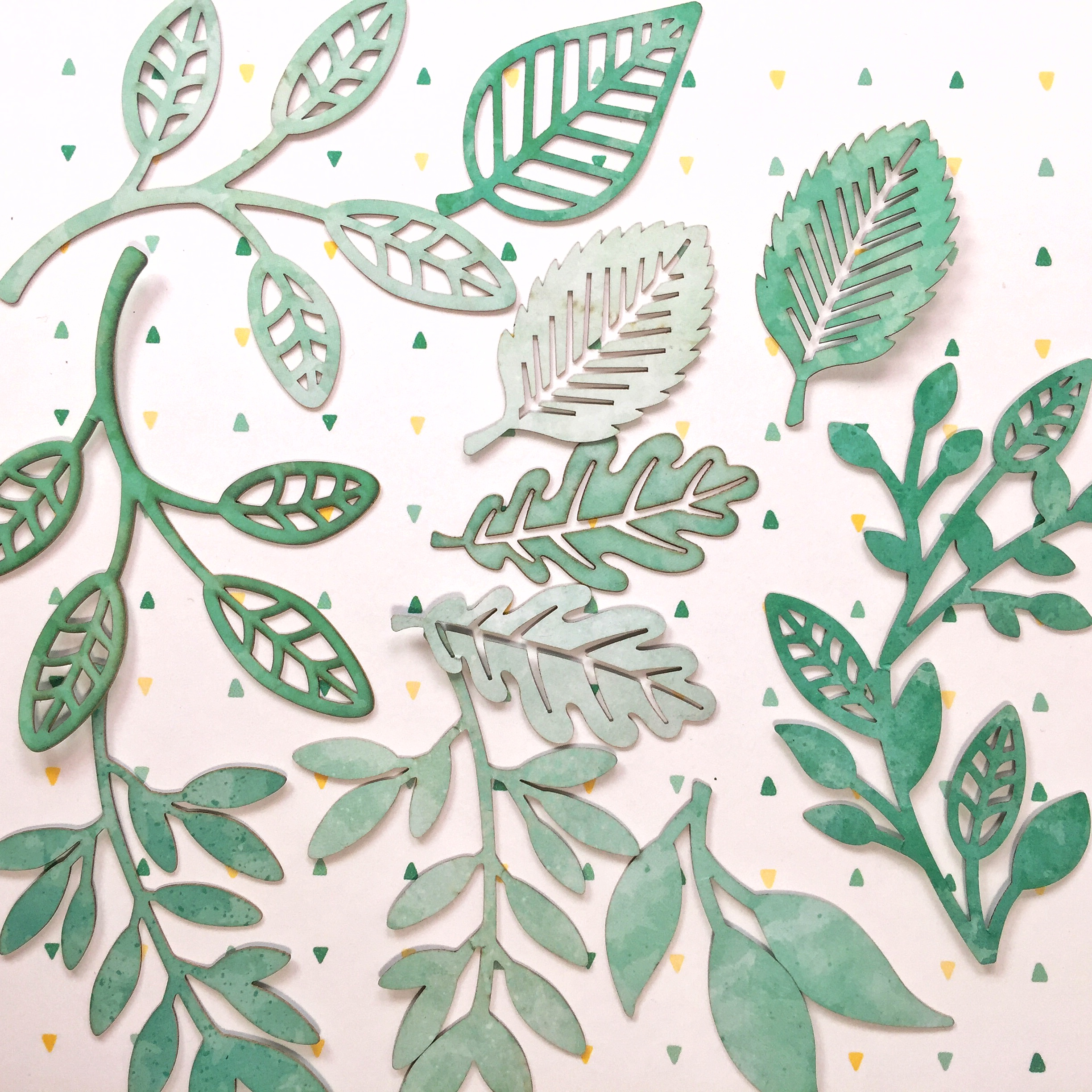 Creative Memories Blend and Bloom laser cut leaves | Creative Scrapbooker Magazine