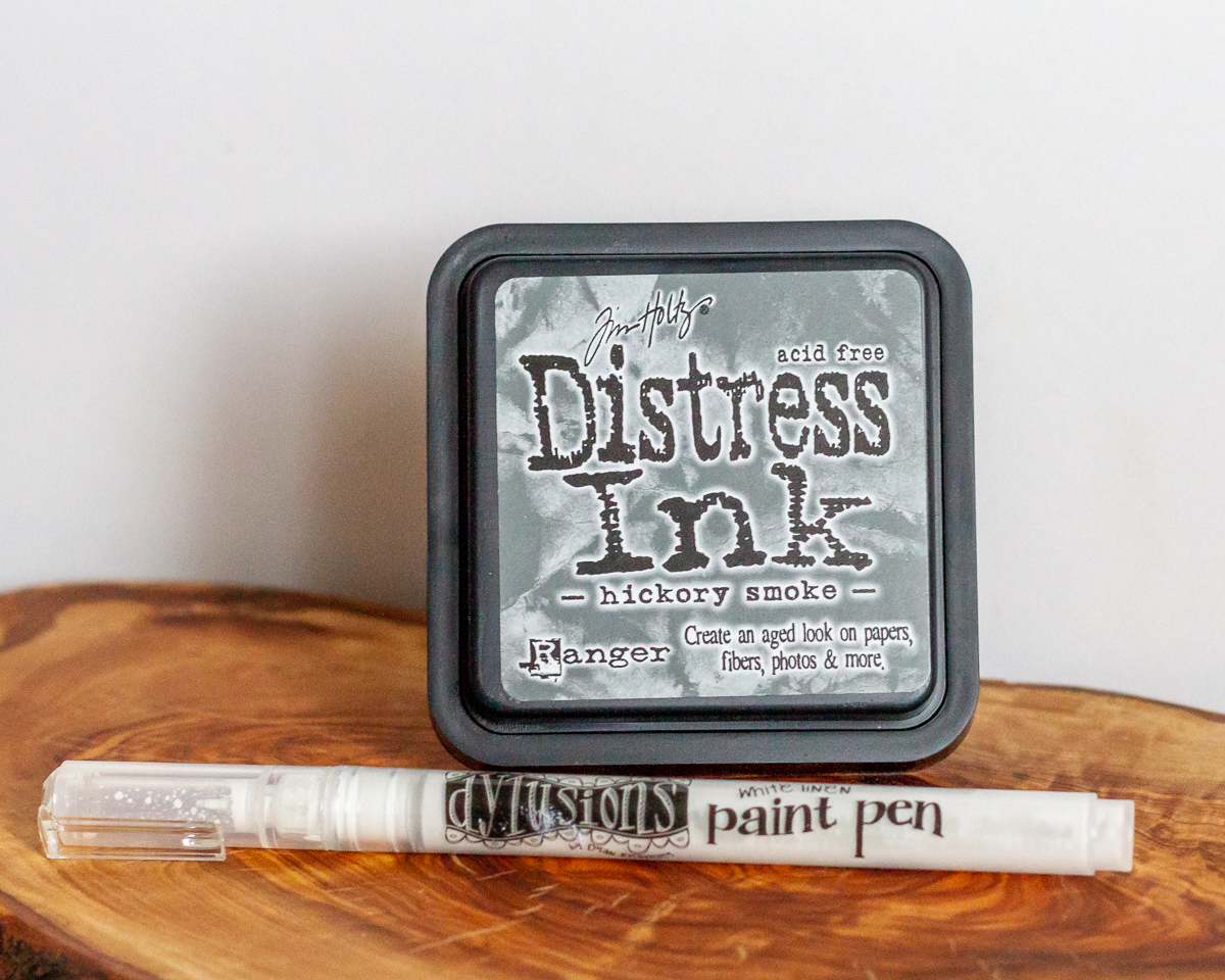 Ranger Ink / Timholtz distress ink - hickory smoke / Dylusion paint pen - white